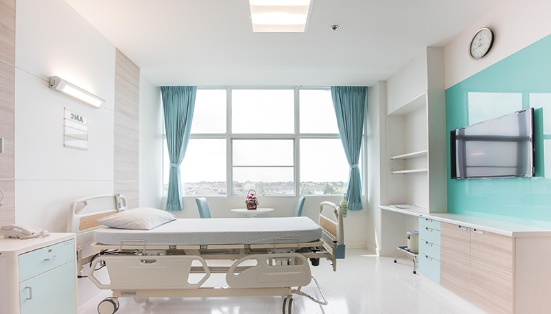 ab-pulsed-xenon-uv-disinfection-technology-applications-patient-room