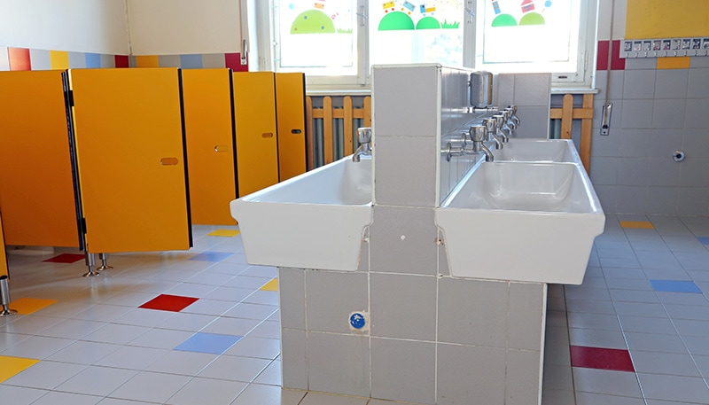 ab-pulsed-xenon-uv-disinfection-technology-applications-restrooms